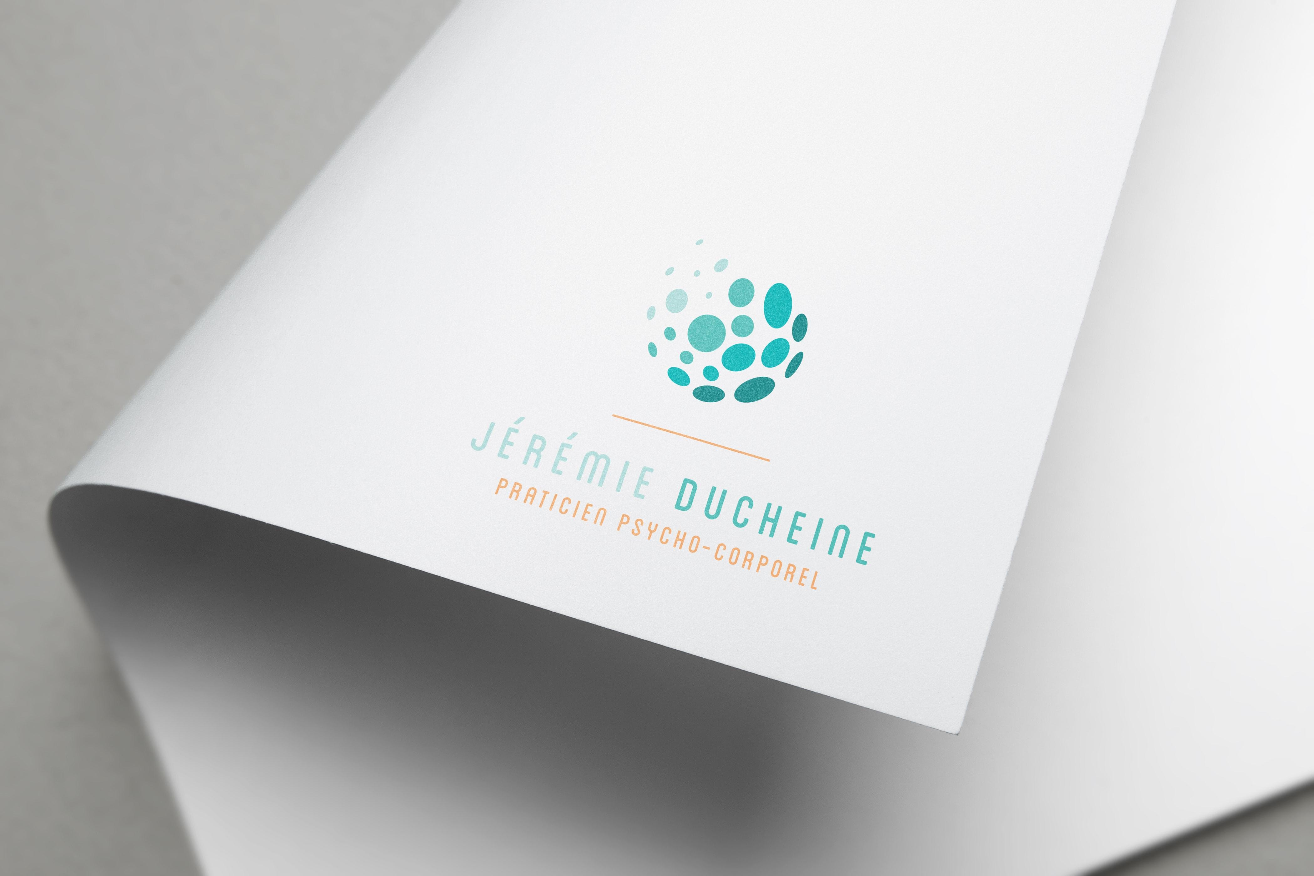 mockup logo Jérémie Ducheine praticien psycho-corporel Charente